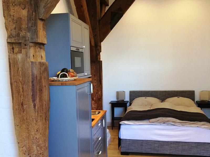 Apartment_Bielenberg_37_Kueche_Bett